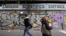 Napoli, addio alla libreria Pisanti: al suo posto ci sarà un ristorante