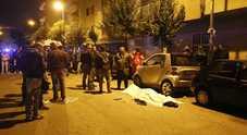 Omicidio a Secondigliano cadavere trovato in un'auto
