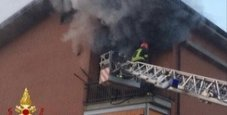 Immagine Casa in fiamme all'alba, morto uomo di 48 anni