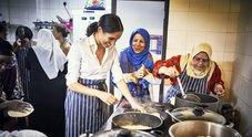 Meghan Markle in cucina per beneficenza, ecco il primo progetto umanitario da duchessa