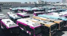 Ctp, niente stipendi: autobus nei depositi e napoletani lasciati a piedi