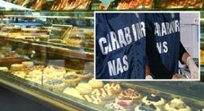 Napoli: pasticciere minaccia Nas, arrestato. Sotto sequestro una tonnellata di dolci