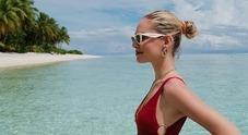 Chiara Ferragni e la foto profilo in costume: «Una tavola da surf è più sensuale»
