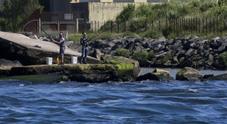 Da Vigliena a Pietrarsa, lo scempio del mare nero di Napoli Est