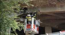 Licola, crepe sul ponte della Domiziana: riaperto dopo l'intervento dei tecnici