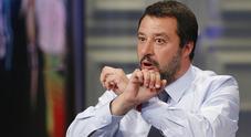 Le inchieste fanno tremare il governo, Salvini: vogliono la crisi ma io aspetto le Europee