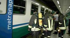Choc a Napoli: 40enne muore nella metropolitana, stop ai treni per 90 minuti