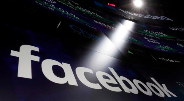 Facebook come Whatsapp, arrivano i «post vocali». E le stories avranno un archivio