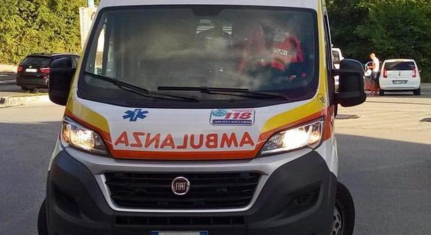 Schianto in scooter, morti due ragazzini di 16 e 17 anni. Tragedia nel paesino delle nozze Ferragnez