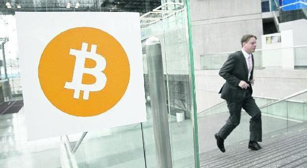 Siti civetta sui social, è la grande truffa dei Bitcoin