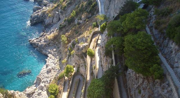 Via Krupp a pagamento Capri verso il referendum