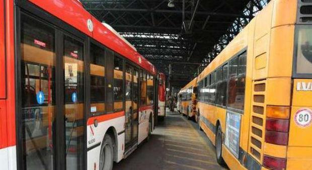 «Disastro trasporti pubblici a Napoli e Campania»