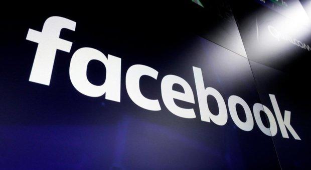 Facebook down, problemi risolti. Su Instagram: «Siamo tornati»