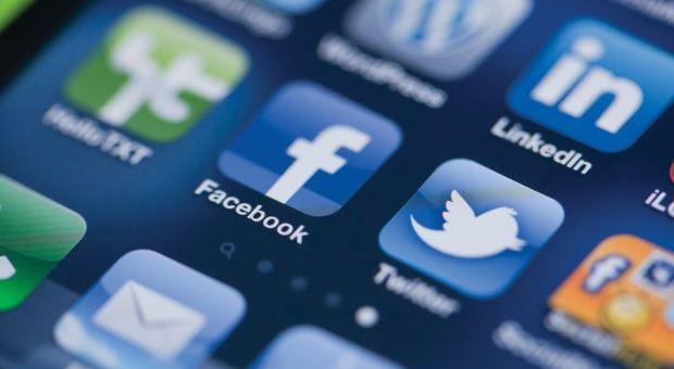 Vecchi Social in crisi, dopo Facebook crolla anche Twitter: in Borsa perde il 20%