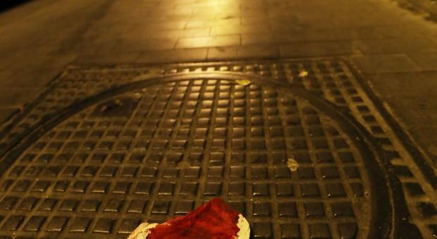 Napoli via Crispi accoltellato 18enne (newfotosud Alessandro Garofalo)