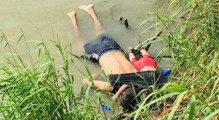 Padre e figlia di 2 anni annegano: la foto dei migranti indigna l'America