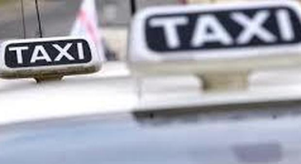 DigiTaxi, chiamare un taxi con un clik La risposta napoletana a Uber