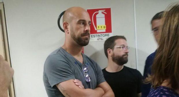 Napoli, Pepe Reina campione di umanità: in ospedale per incontrare una fan