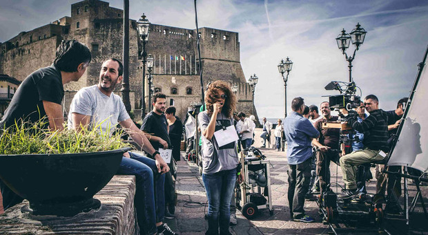 Film, fiction e serie tv: Napoli incassa 50mila euro al giorno