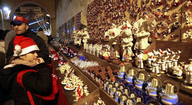 Santa Claus, Napoli in festa tra presepi e mercatini di Natale