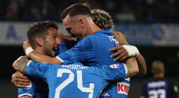 Napoli, che vendetta con l&#39;Inter:<br /> super poker al San Paolo, &egrave; 4-1