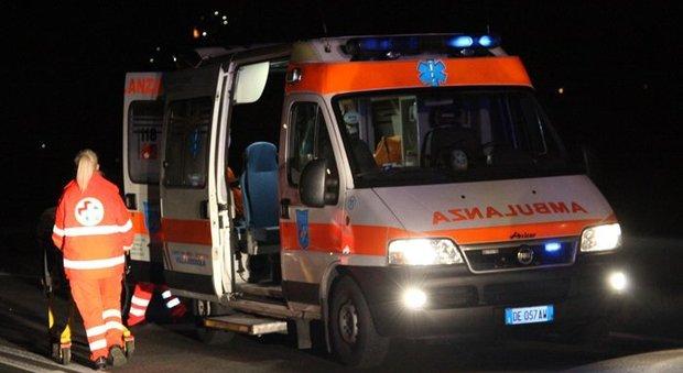 Albanella, scontro tra due auto: feriti cinque camerieri