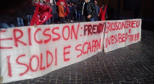 Ericsson, a Montecitorio la protesta dei lavoratori campani contro i licenziamenti