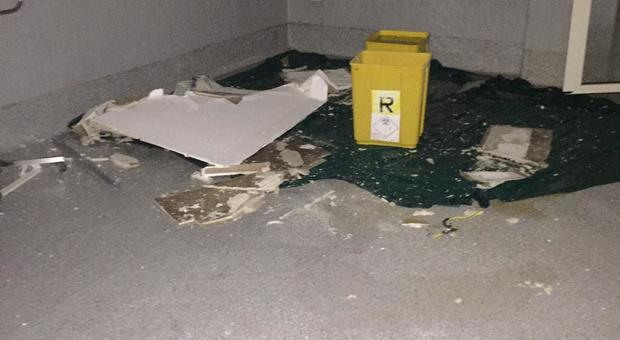 San Giovanni Bosco, ancora choc:<br /> infiltrazioni e crollo in sala parto