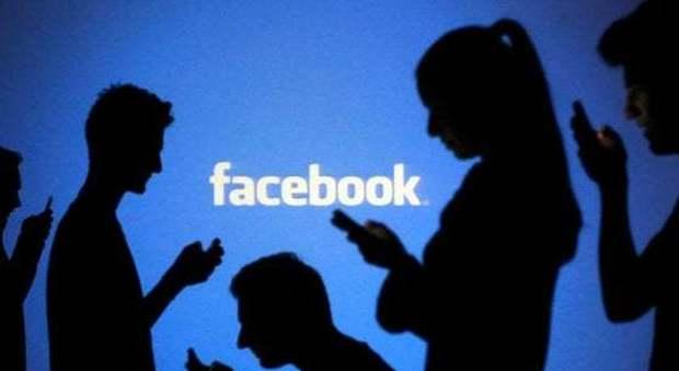 Facebook, via al test delle notizie a pagamento. Anche in Italia