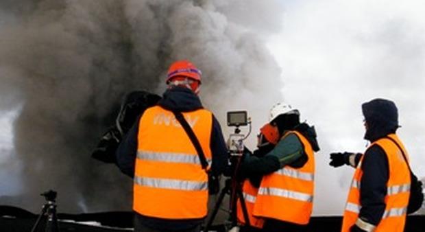 Proiettili vulcanici, traiettoria studiata con telecamere ad alta velocità