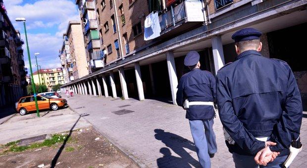 Parco Verde di Caivano, quattro poliziotti assaltati dalla folla - Il Mattino