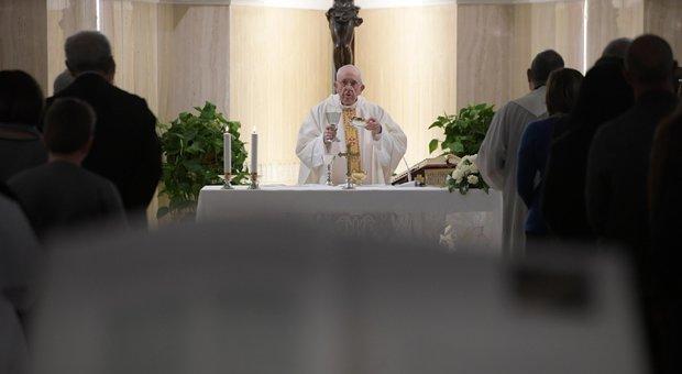 L'abbraccio del Papa ai pellegrini  dell'Arcidiocesi di Benevento