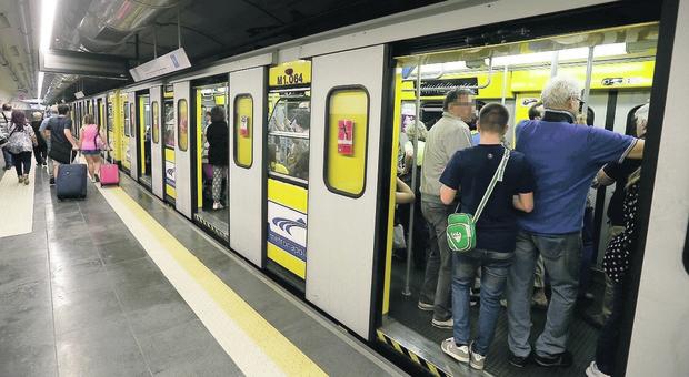 Napoli, stop ai treni della linea 1: metropolitana ferma dalle 15