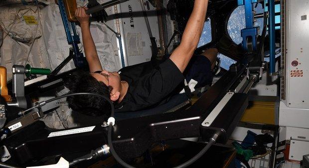 Giappone, astronauta assicura di essere cresciuto 9 centimetri durante la spedizione nello spazio