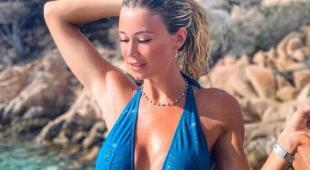 Diletta Leotta compie 28 anni: la gonna strategica è troppo hot? I fan si scatenano sui social