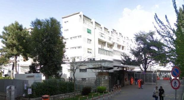 Castellammare: botte tra un infermiere e medico