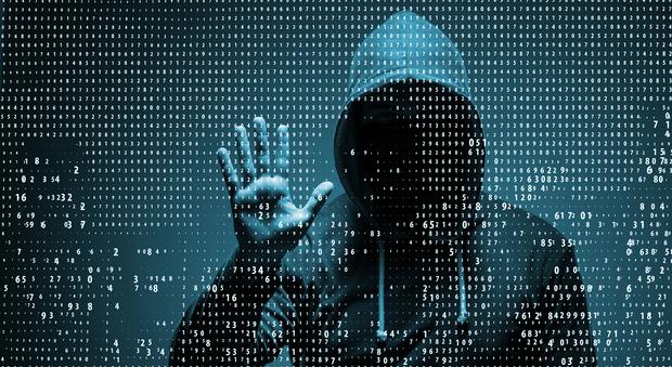 Pc e smartphone, scoperta falla nei processori: a rischio la sicurezza di tutti i dispositivi