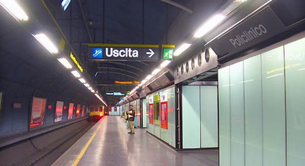 Napoli. Metro collinare ferma per malore di utente, ambulanza giunta dopo 20 minuti