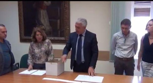 Consiglio Metropolitano di Napoli sorteggiato ordine liste per elezioni