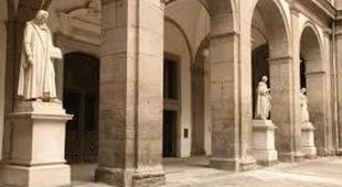 In scena alla Biblioteca Universitaria la storia di Napoli e la poesia musicale di De Luca
