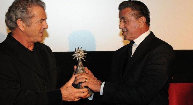 Gibson, Stallone e la Napoli che trionfa a Hollywood