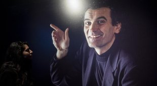 Premio Troisi, il direttore è Gino Rivieccio: «Un gran galà per Massimo»