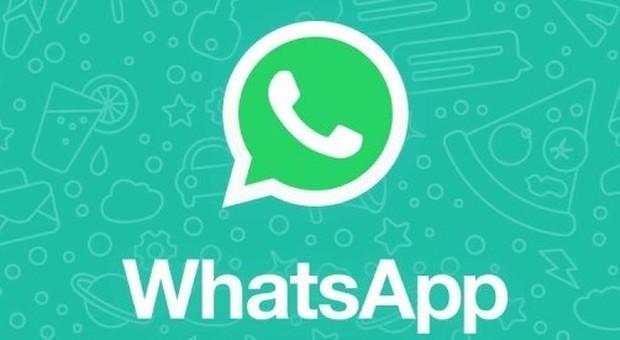 WhatsApp, la bufala della terza spunta blu in arrivo