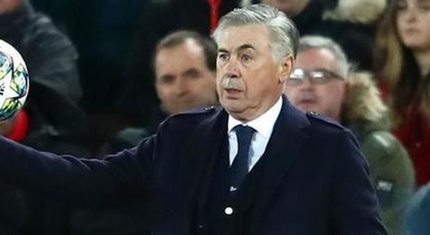 Napoli, tutti i dubbi su Ancelotti: ecco perché la panchina è a rischio