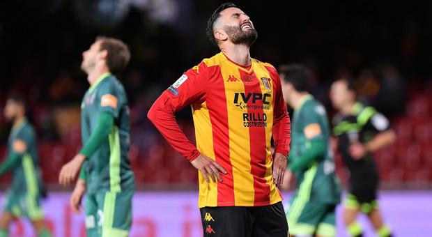 Il Benevento manca il record di vittorie:  autogol di Tuia, è solo 1-1 con il Pisa