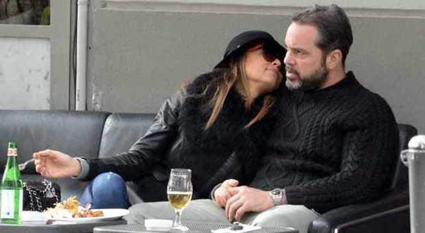 Cecilia Capriotti Pranzo E Baci Con Il Fidanzato A Milano