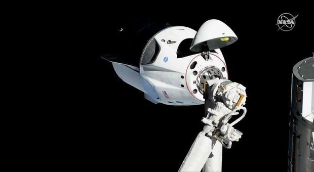 Space X, incidente sulla capsula: «Immagini di fumo»