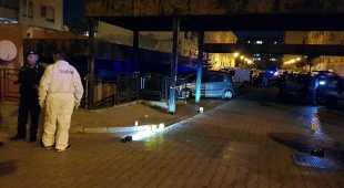 Napoli, nuovo agguato di camorra: ucciso come un boss a 19 anni Freddato da un colpo alla schiena