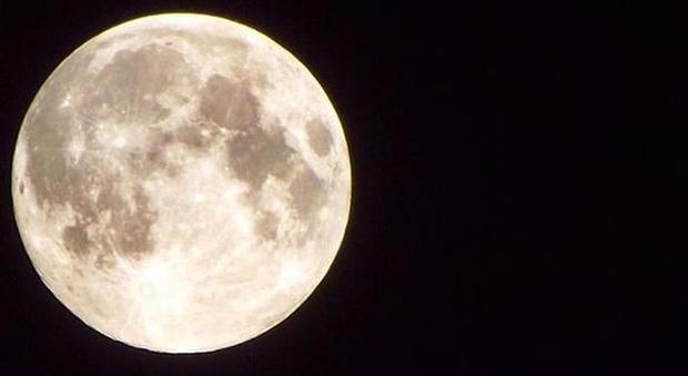La Luna era protetta da un'atmosfera miliardi di anni fa