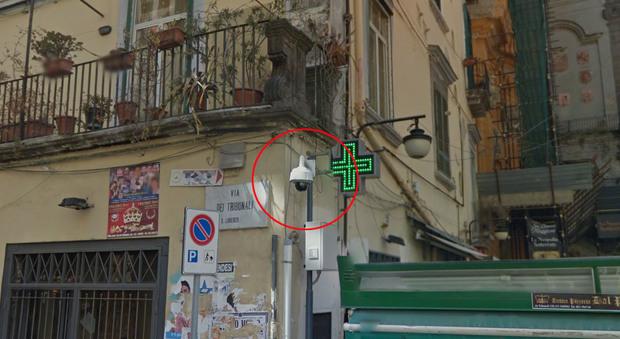 Napoli. 51 telecamere ai Decumani, parte la sorveglianza speciale